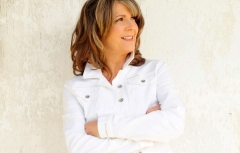 The Acoustic Living Room: Songs & Stories with Kathy Mattea feat. Bill Cooley